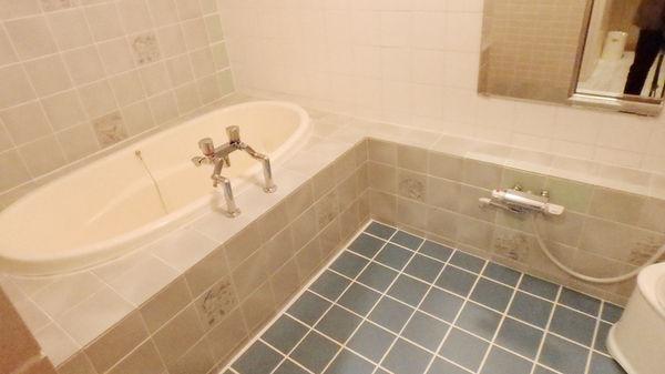 ダブル禁煙浴室一例