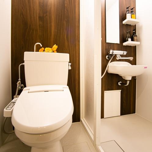 新館 トイレ&シャワーユニット
