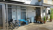 無料の貸し自転車と洗濯機