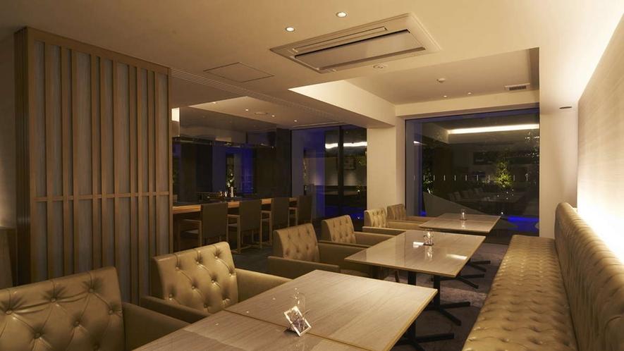 クラブラウンジでは佐賀産にこだわったTea Bar(嬉野紅茶)や日本酒Barをお楽しみ頂けます。