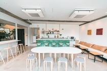 5F Lounge