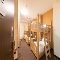 ■ファミリールームC/ベッド幅85㎝■