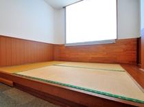 【和洋室ダブル】畳は3畳分となります。
