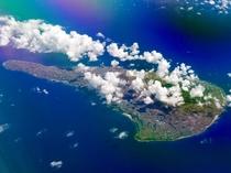アクセス_飛行機でも来島できます。沖永良部島へようこそ。