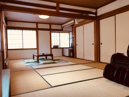 ◇広々和室14畳◇畳でゆったり、お布団でぐっすり!