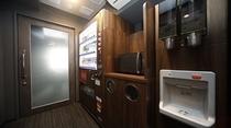 ◆自動販売機・製氷機 自動販売機は1・3・6・9・12階、製氷機は6・12階♪