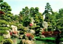 メインの庭園
