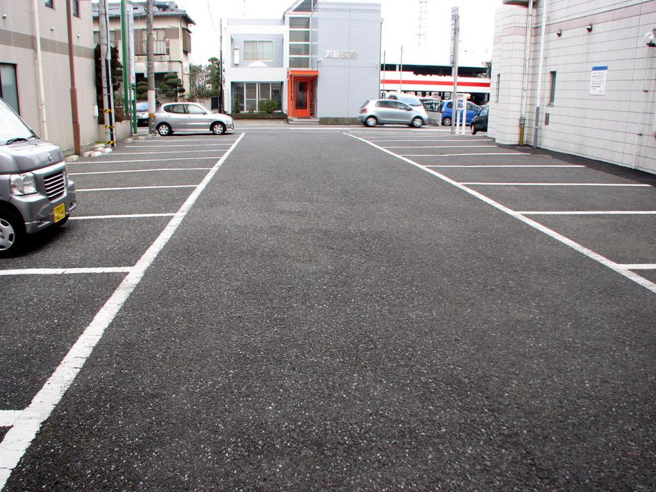 先着30台無料駐車場