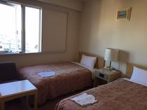 【ツインルーム】17.28㎡/ベッド幅100㎝全室南向き、1名でも使用可能