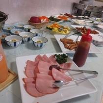 朝食 【営業時間 6:50〜9:20まで】