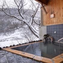 *貸切露天風呂/冬ならではの楽しみ、雪見露天。ご予約不要・無料でご利用頂けます。