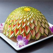 *玄武風柳亭名物!料理長の飾り切り/繊細な作品は目を楽しませてくれます。