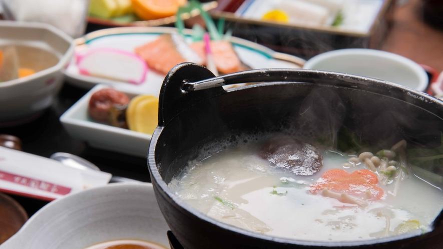 *朝食一例/体が温まる、やさしい朝ごはんで一日をスタート。(※バイキングとなる場合もございます)
