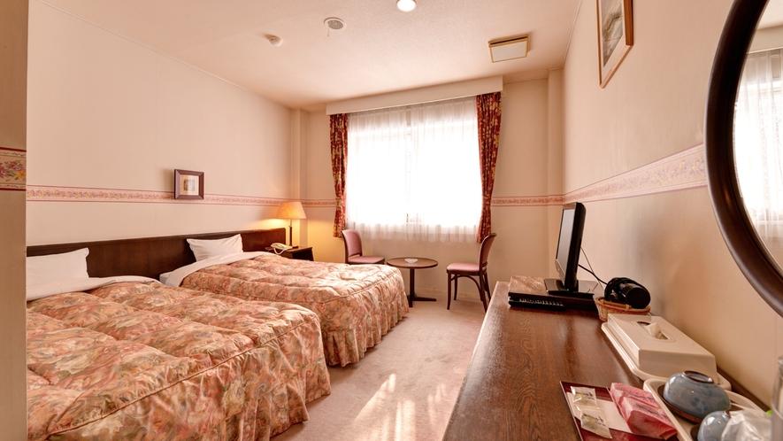 *◇本館◇洋室ツイン(禁煙)/本館の館内は洋風のシンプルな造りで、気軽な滞在に最適です。