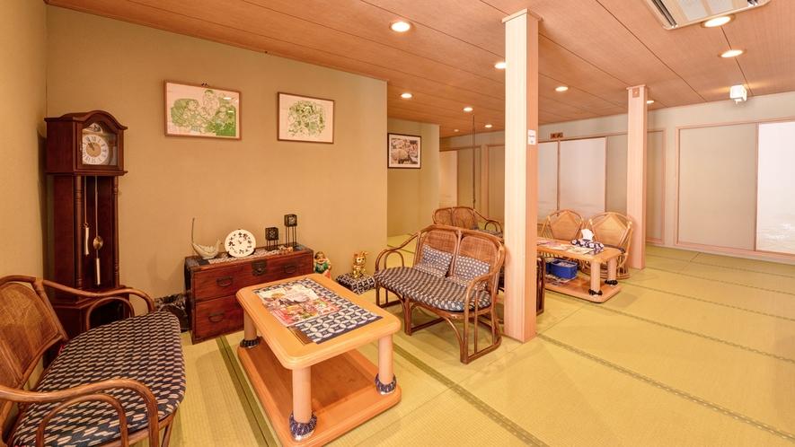 *◆別館◆ロビー/本館と違い、別館は畳敷きの純和風の空間です。
