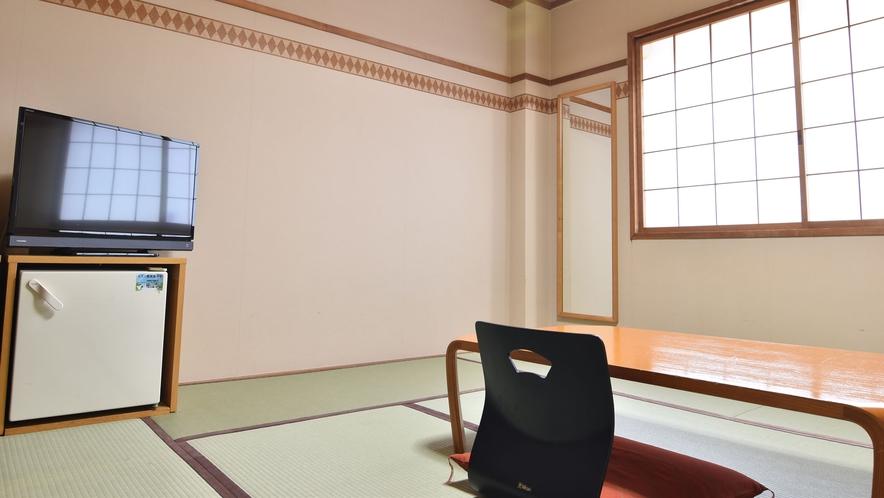 *◇本館◇和室8畳(禁煙)/シンプルでコンパクトな造りの和室は気軽な滞在に最適。