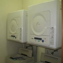 洗濯機・乾燥機が6階に2機