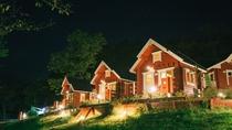 キャンプ場 夜イメージ