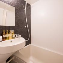 ユニットバス ・ 浴槽(シングルルーム)