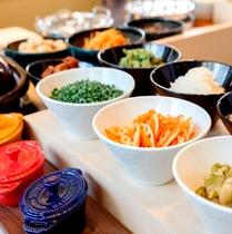 1階_アジアンレストランKarakurenai(唐紅花)_朝食_和食イメージ