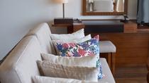 【客室ソファー/イメージ】 ゆったりと寛げるソファを配置。