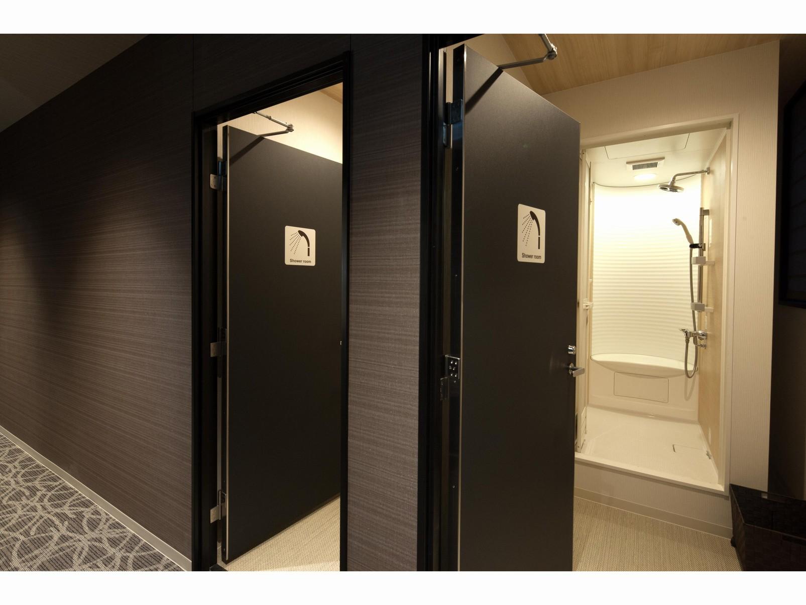 ◆シャワーブース◆入口