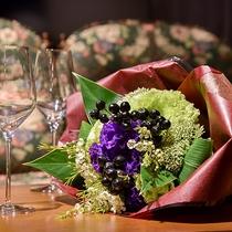 *【サービス(花束)】お祝いの席に嬉しい花束サービス