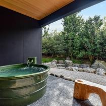 *【部屋・露天風呂(さくら)】名湯・榊原温泉を当館でお愉しみいただけます
