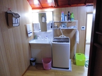 洗濯機・洗面台・ドライヤー完備