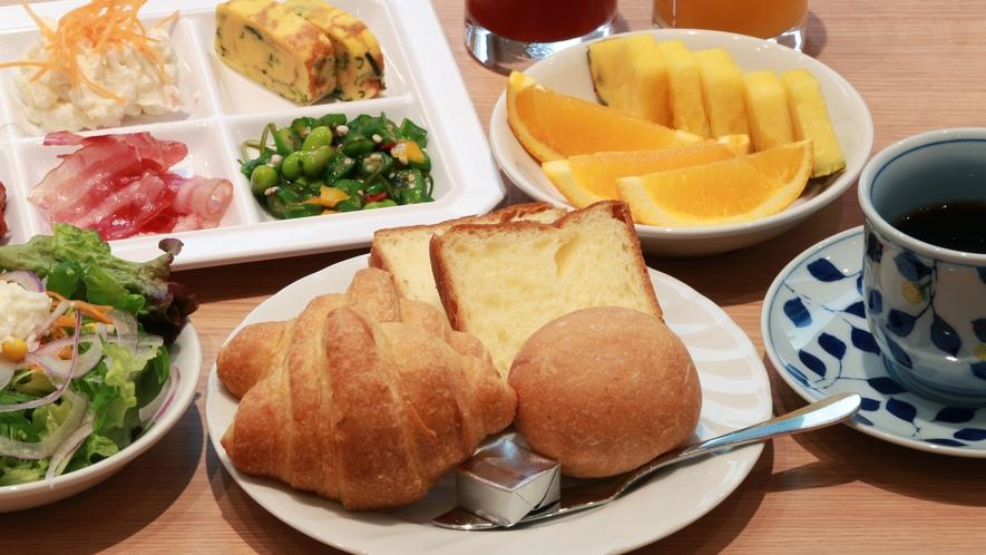 朝食盛り付け例<洋食>
