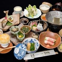 *夕食一例(スタンダード12品)上州麦豚や旬の山菜、中之条産の野菜などをメインに、旬のお品をご用意