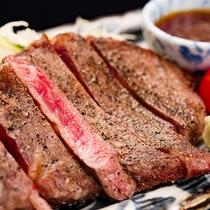 *上州牛ステーキ 肉汁と旨味溢れる自慢の一品