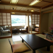 眺めの良い2階和室