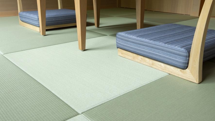 わんちゃんの足腰にも優しい畳を使用