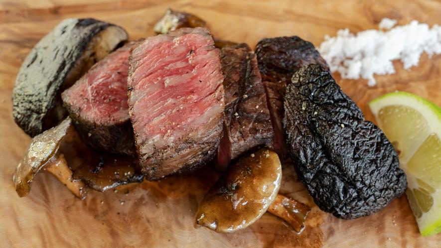 *【お食事一例】薪火を使った創作料理をお愉しみください。