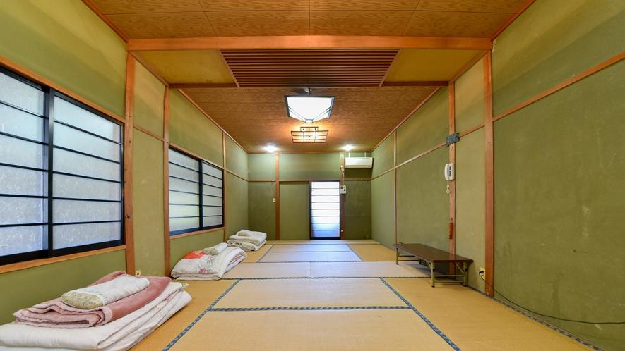 *【和室14畳】心地よい畳の上で、ゆったりとしたひとときをお過ごし下さい。