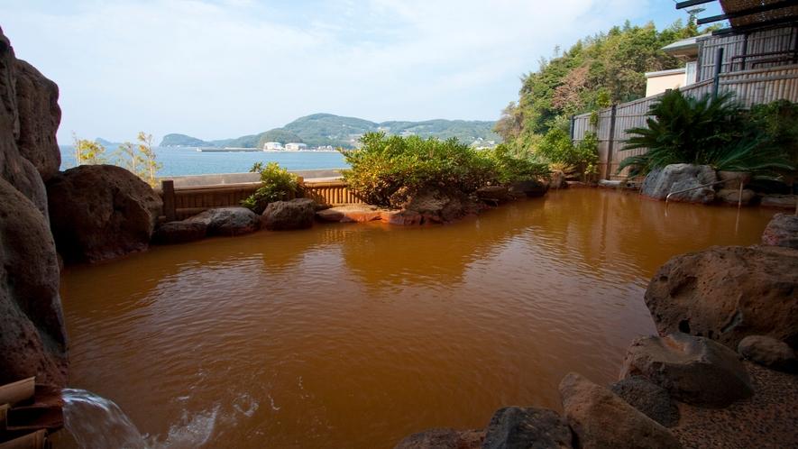*【湯ノ本温泉】1500年以上の歴史がある天然温泉で、鉄分を含んだ赤褐色の温泉が特徴♪