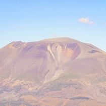 天気が良く空気が澄んだ日だけ見える浅間山のハートマーク。恋愛の絆を結ばせる力があるとも言われています