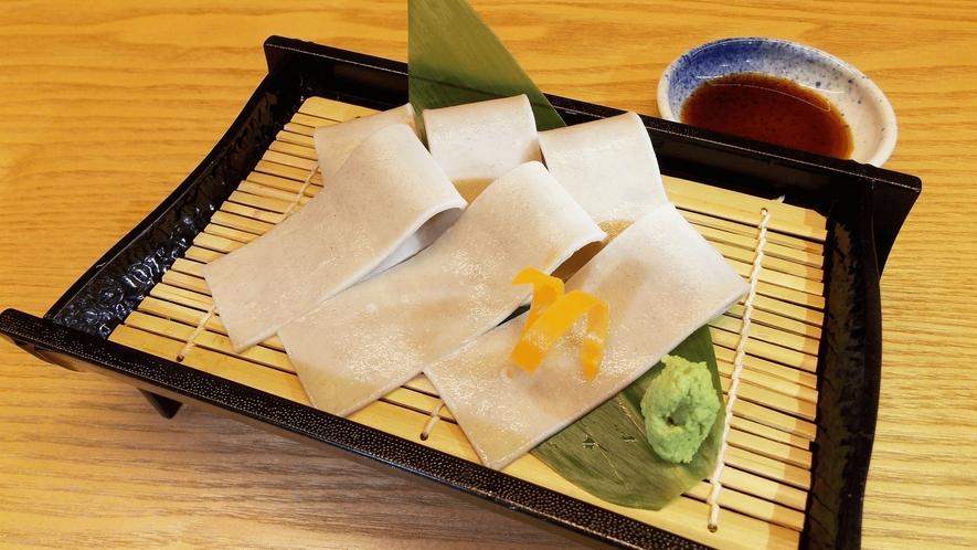 お食事処 実乃里/料理イメージ/板蕎麦刺し