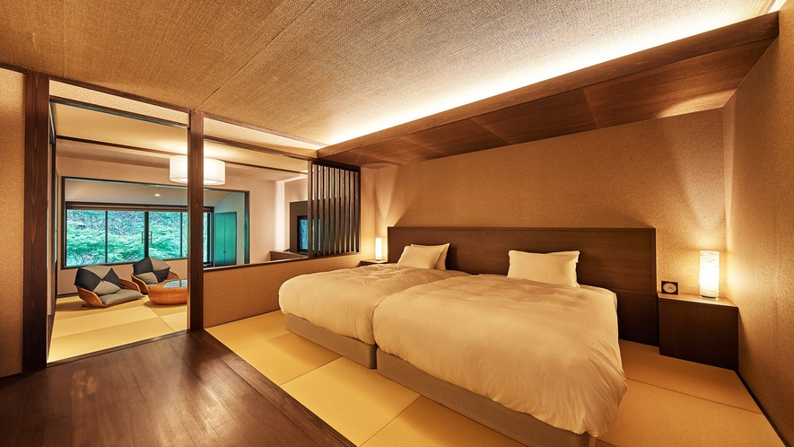 和室ジュニアスイート/68.8㎡/広々とした和の空間にベッドを配した客室