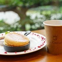 浅間カフェ/豊富なメニューが揃うお洒落なカフェ。写真映え間違いなしの自慢のスイーツがおすすめ