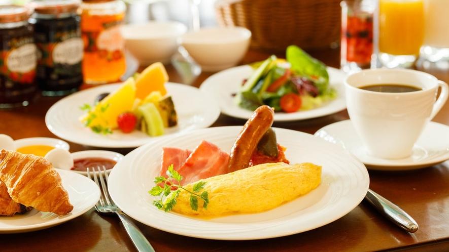 地元信州の新鮮食材を織り交ぜた朝食で素敵な1日のスタートを