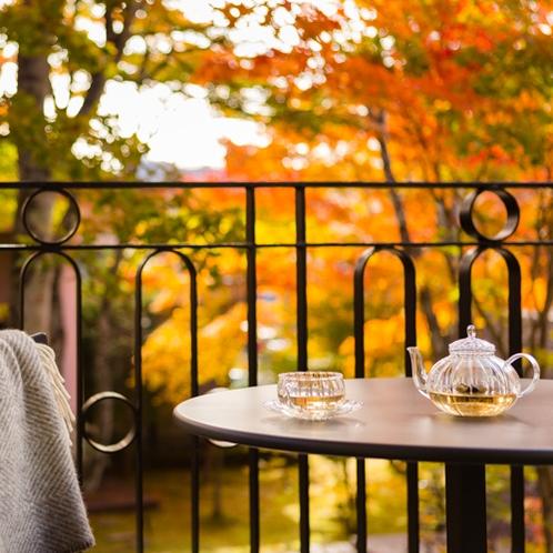 Courtyard  Deluxe - Autumn