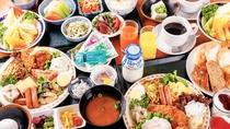 朝食バイキングの一例【和食の盛り付け】です。 営業時間 06:30~09:30