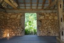 サンゴ石小屋