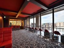 クラブラウンジ 14階のクラブラウンジは 19時から23時までの営業となります。