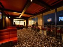 クラブラウンジ 14階のクラブラウンジです。19時から23時までの営業となります。