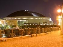 【福岡ヤフオク!ドーム】車で25分!野球だけでなく様々なイベントにも使われます。