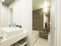 スーペリアツインルーム 洗い場付きバスルーム
