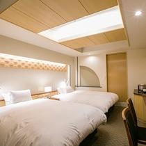 【ラグジュアリーツイン】ダブルベッド2台+ソファーベッドがあるお部屋